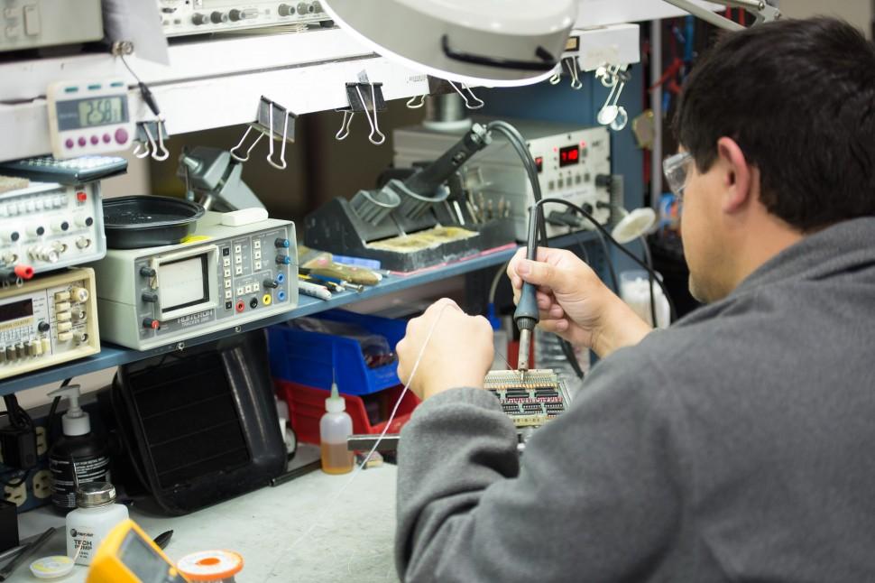Circuit Board Repair5-min